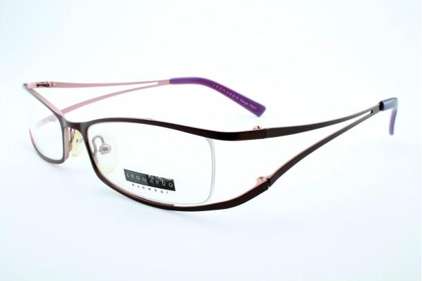 Leonardo szemüveg
