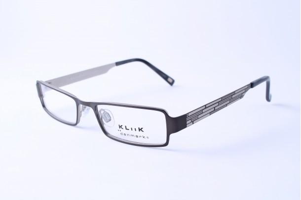 Kliik szemüveg